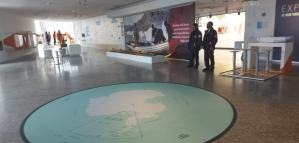 Inauguran una exhibición que recorre los 70 años del Instituto Antártico Argentino