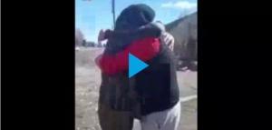 El emotivo reencuentro en Chubut de dos Excombatientes de Malvinas después de 39 años