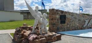 """Intendente de Lobería: """"Teníamos la necesidad de hacer un reconocimiento a nuestros Héroes de Malvinas"""""""