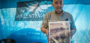 En las redes recuerdan al sanjuanino que izó por primera vez la Bandera Argentina en Malvinas