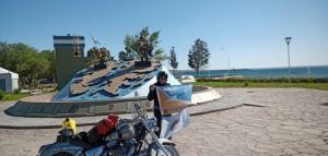 Seguimos acompañando al VGM Juan Vera en su viaje en moto por el país