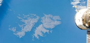 """Londres y Seul enfrentadas por """"Mar de Malvinas"""""""
